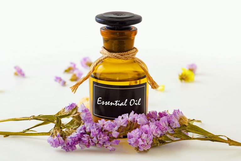 essential-oils-for-massage-768x512